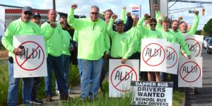 Sheet Metal Workers Local 27 300x150 - Rally expresses union frustration  in Hamilton
